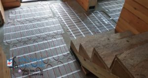 Мат Fenix LDTS уложен на полу. Монтаж теплого пола в коридоре